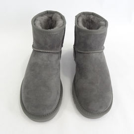 Customized Warm Winter Sheepskin Winter Boots Modern Design Comfortable